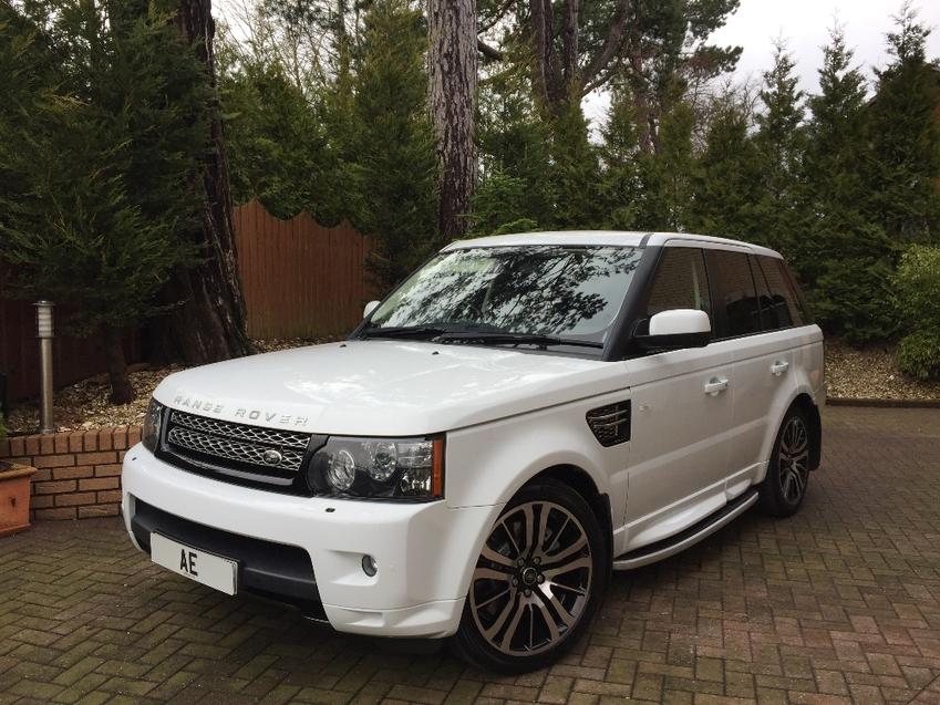 View LAND ROVER RANGE ROVER SPORT SDV6 HSE