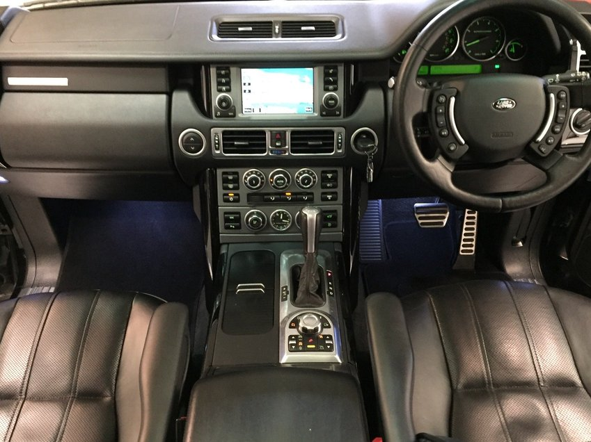 View LAND ROVER RANGE ROVER V8 SUPERCHARGED